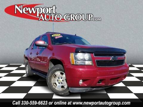 2007 Chevrolet Avalanche for sale at Newport Auto Group in Austintown OH
