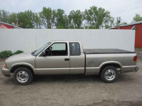 2000 GMC Sonoma for sale at Chaddock Auto Sales in Rochester MN