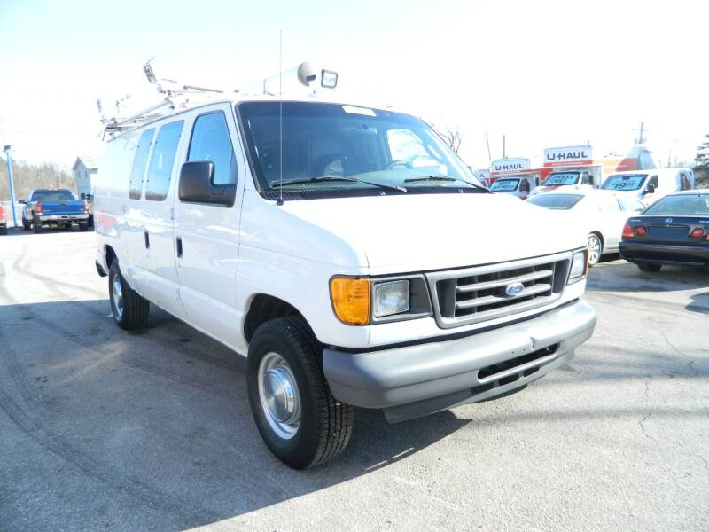 2006 Ford E-Series Cargo for sale at Auto House Of Fort Wayne in Fort Wayne IN