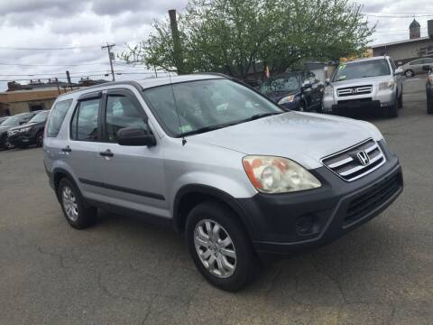 2006 Honda CR-V for sale at Merrimack Motors in Lawrence MA