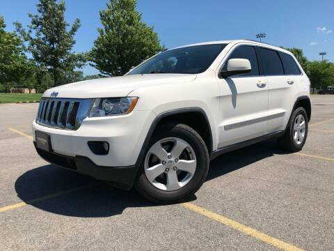 2013 Jeep Grand Cherokee for sale at Car Stars in Elmhurst IL
