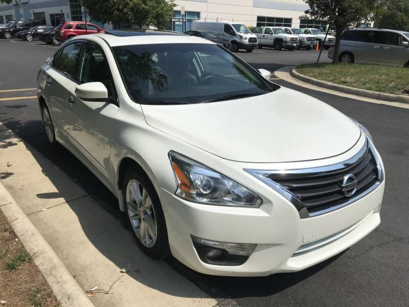 2015 Nissan Altima for sale at Dotcom Auto in Chantilly VA