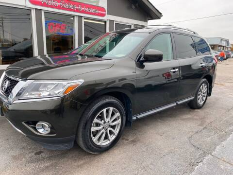 2016 Nissan Pathfinder for sale at Martins Auto Sales in Shelbyville KY