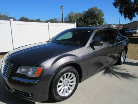 2013 Chrysler 300 for sale at D & R Auto Brokers in Ridgeland SC