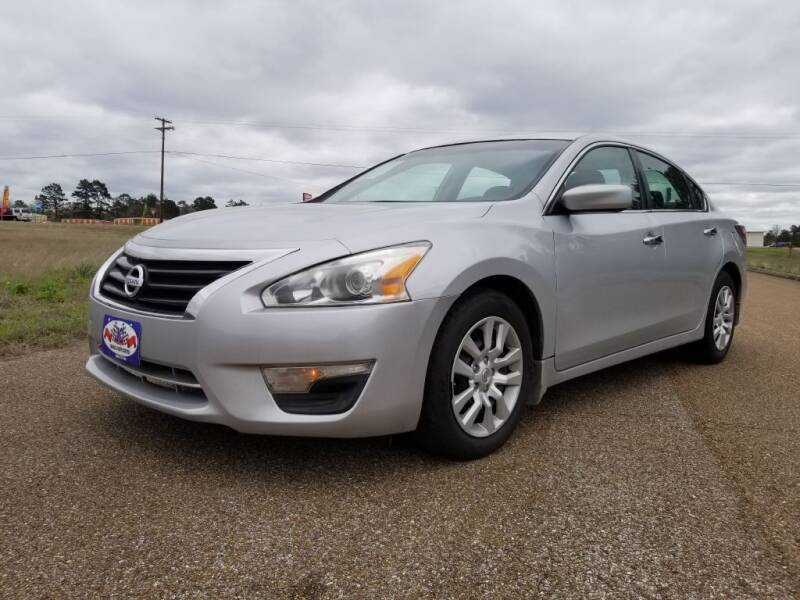 2015 Nissan Altima for sale at JC Truck and Auto Center in Nacogdoches TX