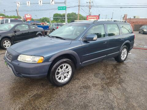 2007 Volvo XC70 for sale at Johnny's Motor Cars in Toledo OH