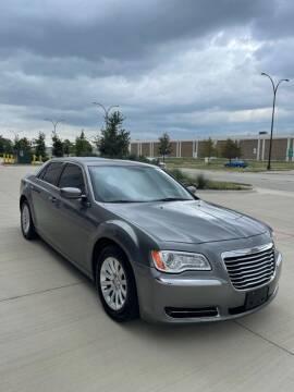 2012 Chrysler 300 for sale at Executive Auto Sales DFW LLC in Arlington TX