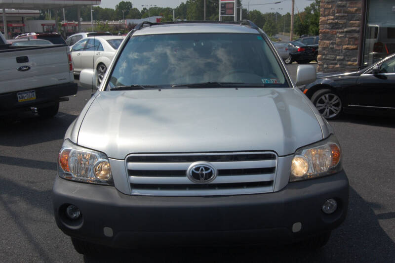 2004 Toyota Highlander for sale at D&H Auto Group LLC in Allentown PA