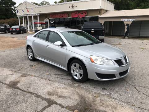 2010 Pontiac G6 for sale at Townsend Auto Mart in Millington TN