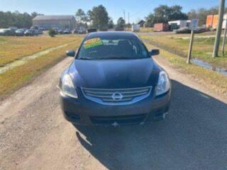 2012 Nissan Altima for sale at Auto Guarantee, LLC in Eunice LA