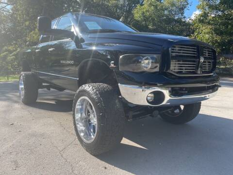 2005 Dodge Ram Pickup 2500 for sale at Thornhill Motor Company in Lake Worth TX