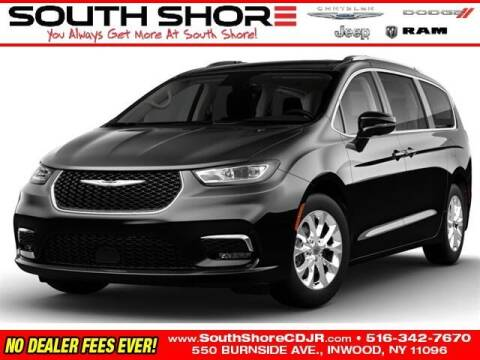 2021 Chrysler Pacifica for sale at South Shore Chrysler Dodge Jeep Ram in Inwood NY