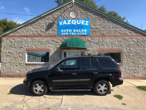 2005 Chevrolet TrailBlazer for sale at VAZQUEZ AUTO SALES in Bloomington IL