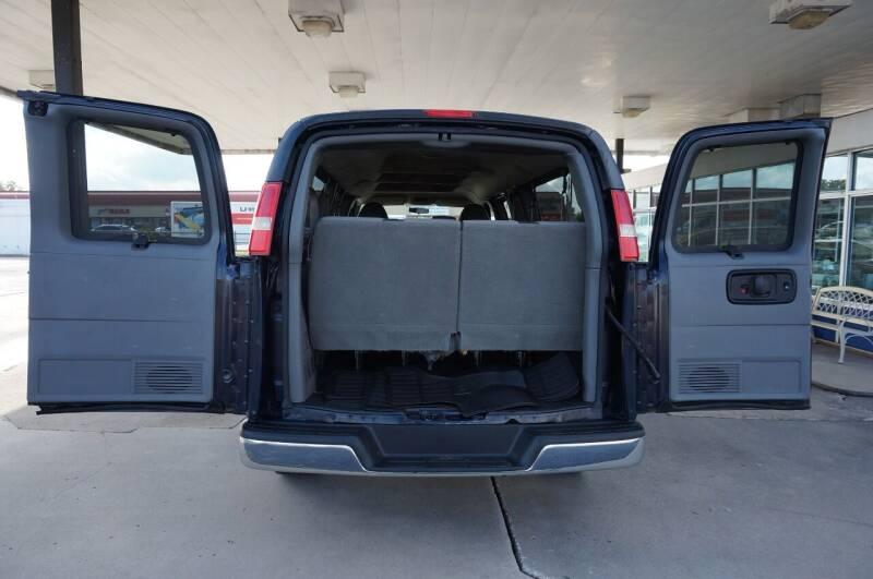 2012 Chevrolet Express Passenger LT 3500 3dr Extended Passenger Van w/ 1LT - Tulsa OK