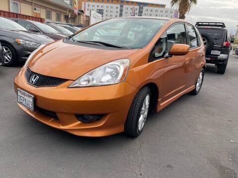 2011 Honda Fit for sale at Ronnie Motors LLC in San Jose CA