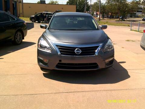 2015 Nissan Altima for sale at Discount Motor Sales LLC in Wichita KS