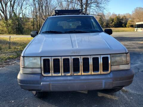 1996 Jeep Grand Cherokee for sale at Dukes Automotive LLC in Lancaster SC