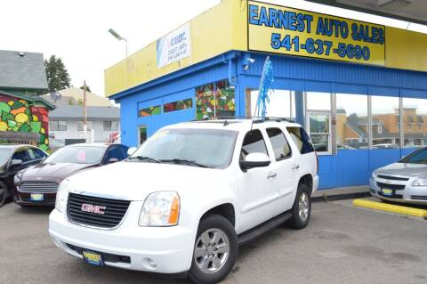 2007 GMC Yukon for sale at Earnest Auto Sales in Roseburg OR