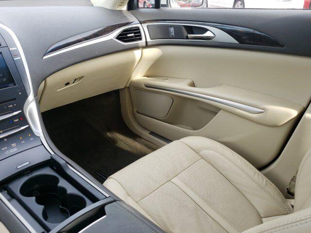 2014 Lincoln MKZ 14