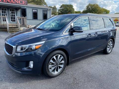 2015 Kia Sedona for sale at Modern Automotive in Boiling Springs SC