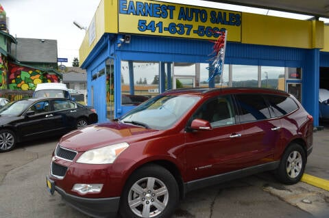 2010 Chevrolet Traverse for sale at Earnest Auto Sales in Roseburg OR