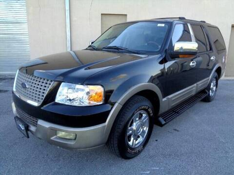 2004 Ford Expedition for sale at Selective Motor Cars in Miami FL