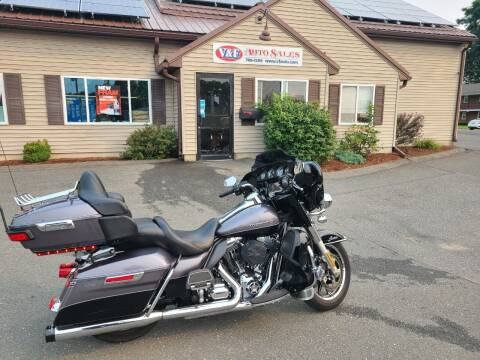 2014 Harley-Davidson ULTRA CLASSIC LIMITED for sale at V & F Auto Sales in Agawam MA