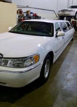2001 Lincoln Town Car for sale at Limo World Inc. in Seminole FL
