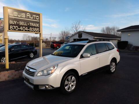 2011 Subaru Outback for sale at LEWIS AUTO in Mountain Home AR