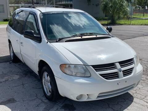 2007 Dodge Grand Caravan for sale at Consumer Auto Credit in Tampa FL
