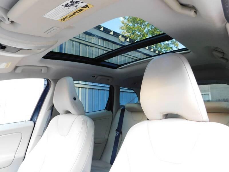 2013 Volvo XC60 3.2 4dr SUV - San Antonio TX
