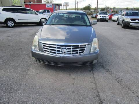 2006 Cadillac DTS for sale at DERIK HARE in Milton FL