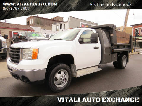 2008 GMC Sierra 3500HD for sale at VITALI AUTO EXCHANGE in Johnson City NY