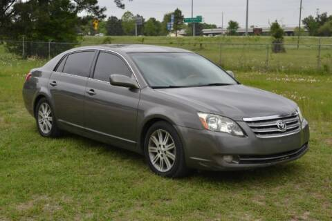 2006 Toyota Avalon for sale at WOODLAKE MOTORS in Conroe TX