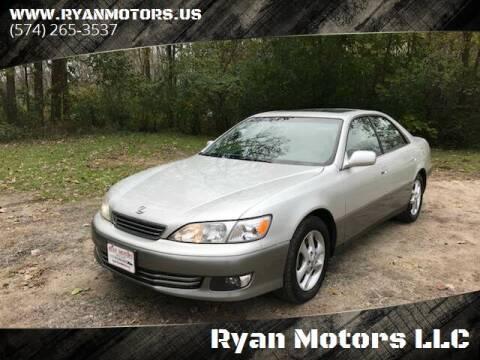2001 Lexus ES 300 for sale at Ryan Motors LLC in Warsaw IN