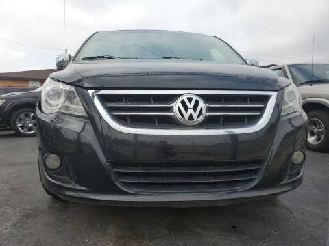 2009 Volkswagen Routan for sale at Hart Auto in Milwaukee WI