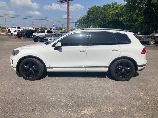 2017 Volkswagen Touareg for sale in San Antonio, TX