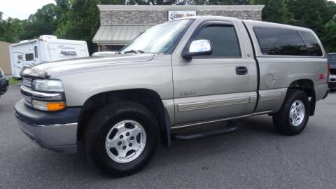 2000 Chevrolet Silverado 1500 for sale at Driven Pre-Owned in Lenoir NC