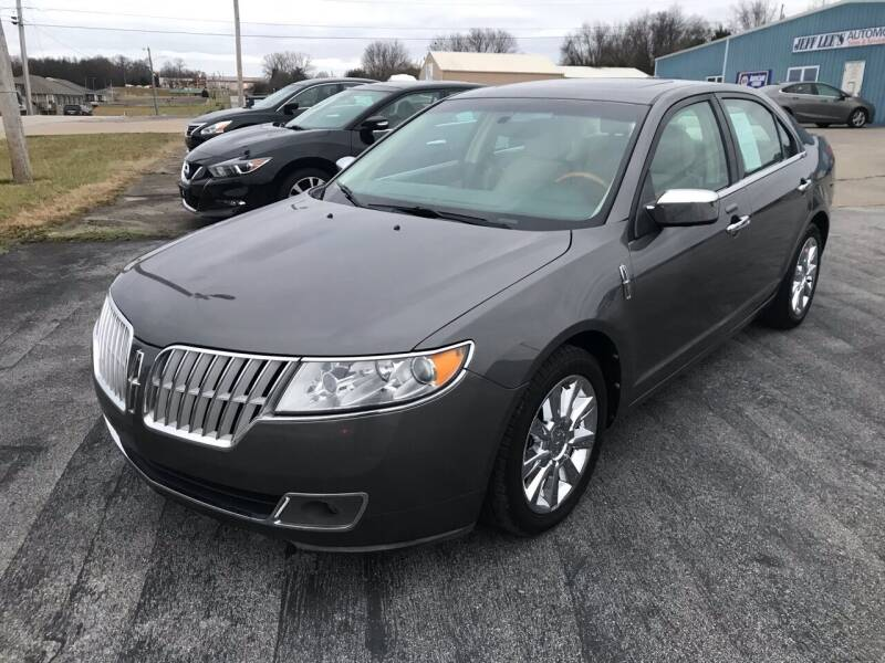 2012 Lincoln MKZ for sale at JEFF LEE AUTOMOTIVE in Glasgow KY