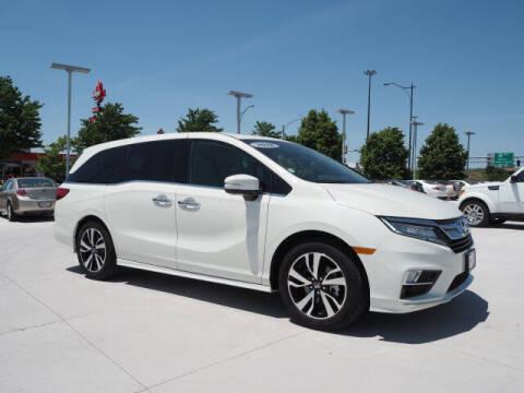 2018 Honda Odyssey for sale at SIMOTES MOTORS in Minooka IL