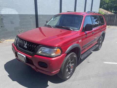 2003 Mitsubishi Montero Sport for sale at APX Auto Brokers in Lynnwood WA