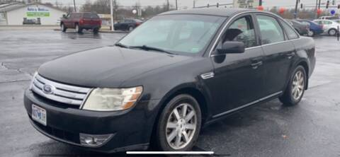 2008 Ford Taurus for sale at VICTORY LANE AUTO in Raymore MO