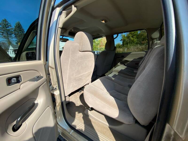 2005 Chevrolet Silverado 2500HD 4dr Crew Cab LT 4WD SB - Derry NH