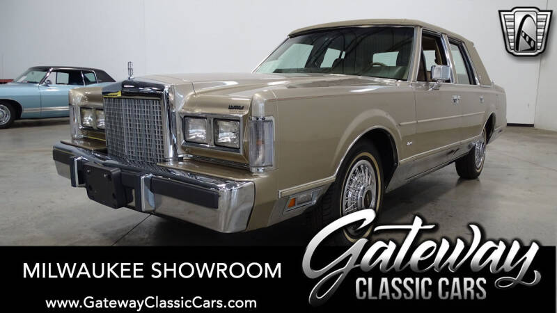 1987 Lincoln Town Car for sale in Kenosha, WI