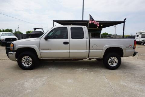 2005 GMC Sierra 2500HD for sale at Ratts Auto Sales in Collinsville OK