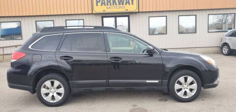 2011 Subaru Outback for sale at Parkway Motors in Springfield IL