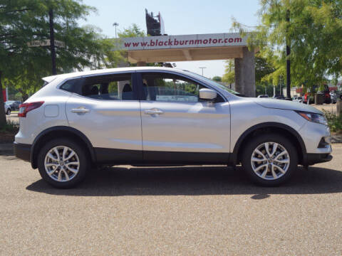 2020 Nissan Rogue Sport for sale at BLACKBURN MOTOR CO in Vicksburg MS