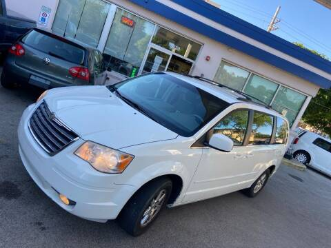 2008 Chrysler Town and Country for sale at Car Stone LLC in Berkeley IL