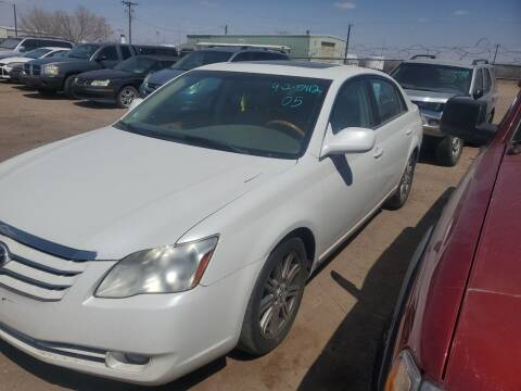 2005 Toyota Avalon for sale at PYRAMID MOTORS - Fountain Lot in Fountain CO