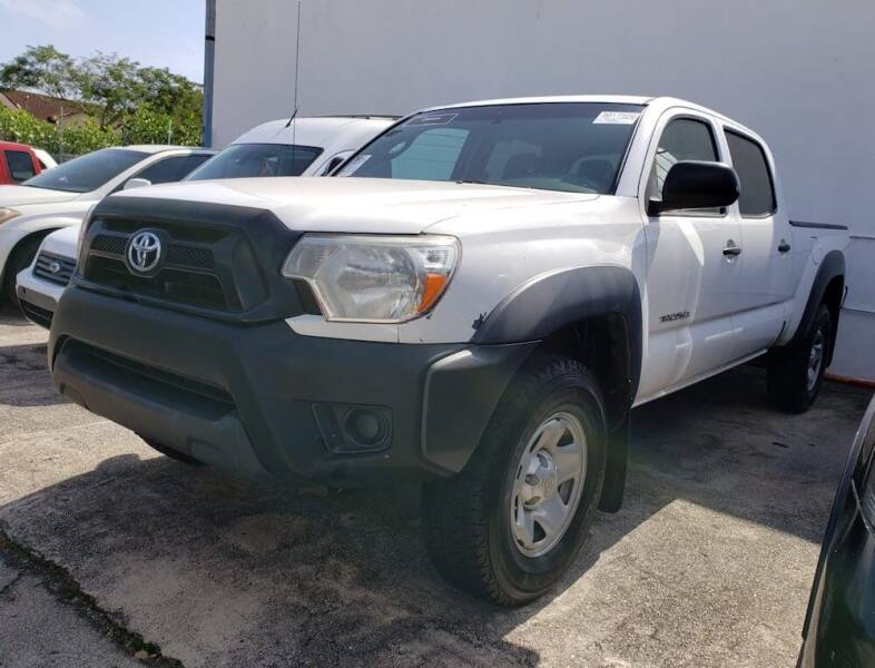 2014 Toyota Tacoma for sale at Barbie's Autos Corp in Miami FL